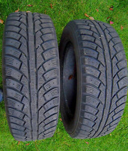 Pair of used winter / snow tires 195/65R/15