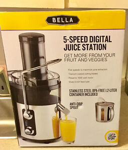 Brand New 5 Speed Digital Juicer - In box never used!