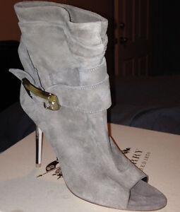 Burberry Trench Buckle Ankle Boots Kitchener / Waterloo Kitchener Area image 2