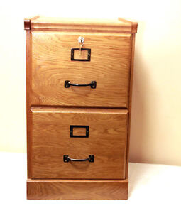 PERFECT SOLID WOOD OAK Filing Cabinet SEE VIDEO Kitchener / Waterloo Kitchener Area image 5