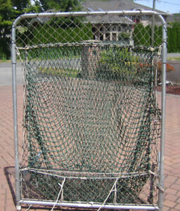 Portable Pitching, Throwing and Batting Screen