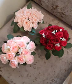 Artificial flower pots for the graveside