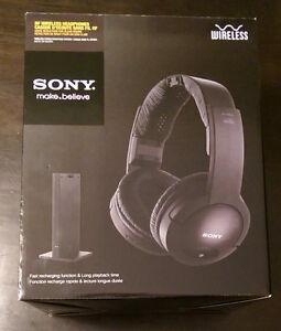 Wireless Sony headphones Kitchener / Waterloo Kitchener Area image 1