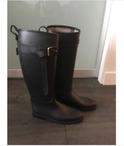 Burberry rain boots size 40 - brand new