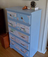 Refreshed 5-drawer Dresser with map of Ontario