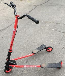 Trottinettes Fliker Scooters