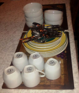 Kitchen dishes and cutlery