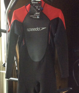 NEW. SPEEDO WETSUIT!! Paddle board,Kayak year round!,