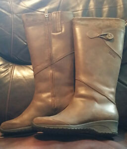 Teva tall brushed leather boots