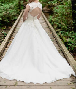 Wedding dress ballgown size 8-10