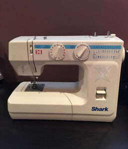 Button hole and special stitch sewing machine