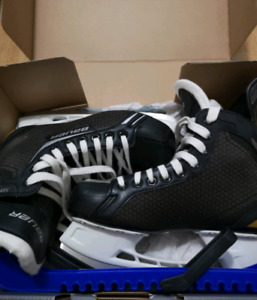 Bauer Supreme Pro SR Skates-Like New
