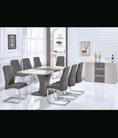 Brand New Extending High Gloss Dining Table with 6 Chairs