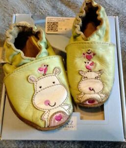 Robeez Shoes 0-6 mths