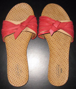 Women's Size 8 Luvshoe's Canada Sandals F/S