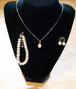 100% Natural Freshwater Pearl set