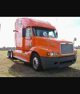 4 - 2007 freightliner 13 speed CAT and Detroit motor