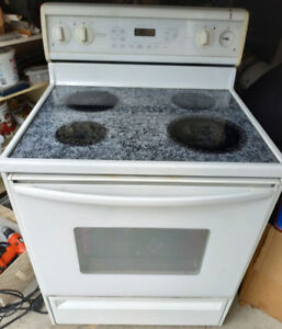 Glass flat top AMANa Convection stove with mutli-mode oven