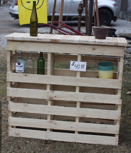 Stand up Bar or Potting Bench
