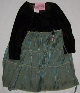 Girls Size 4 & 4T Clothes (Tops, Pants, Coats, Dresses etc.) London Ontario image 7