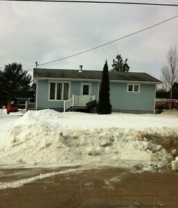 House For Sale in Glovertown, Nl