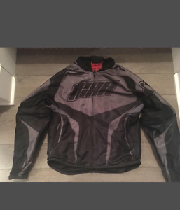 Icon ladies motorcycle jacket new condition size XS PRICE FIRM