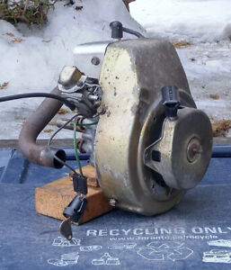 2 stroke, 2.5hp Tecumseh engine off Toro S-200 snowthrower