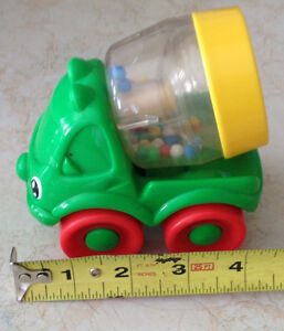 1999 FISHER PRICE # 71333 HAPPY CEMENT MIXER GREEN RATTLE Gatineau Ottawa / Gatineau Area image 7