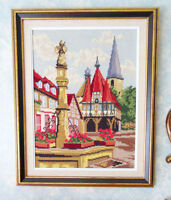 NEEDLEPOINT Picture - European TOWN SQUARE - Wood Frame City of Montréal Greater Montréal Preview
