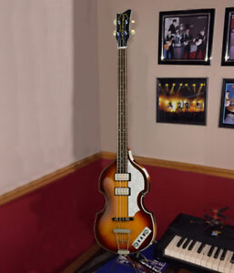 Basse\bass guitare\guitar Rare Cavern HCT Hofner New Condition
