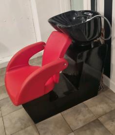 Hairdressing back wash basin unit