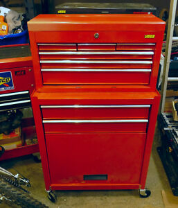 Stacking Tool Box on Casters
