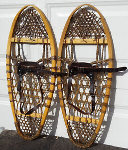 Brand new GV Bear paw 12 X 30 wood snowshoes – Raquettes bois