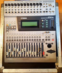 Console Yamaha 01V + Road Case digital studio mixer