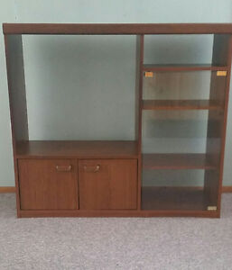 Large Brown Wood Entertainment Unit