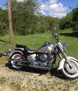 Yamaha VStar 650 Motorcycle