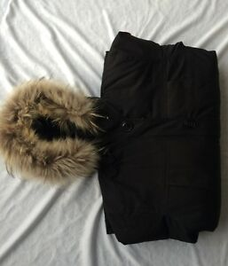 CANADA GOOSE MONTEBELLO PARKA SOLID BLACK DAWN JACKET SIZE MM