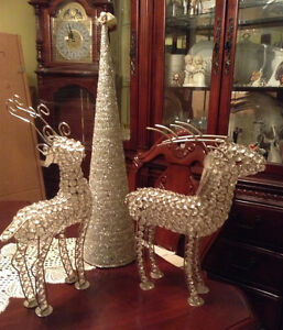 Brand New 2 Sparkly Glass Crystal Reindeers and Silver Tree Cone