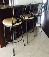 3 BAR HIGH  STOOLS / CHAISES - LIKE NEW!