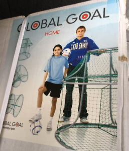 GLOBAL GOAL HOME SOCCER  TRAINING DEVICE NEW