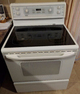 "Kenmore 30"" Convection Range/Stove, White"