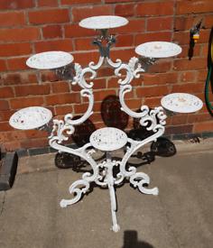 Fine Victorian 19th Century Garden Cast Iron Painted White 6 Branch Pl