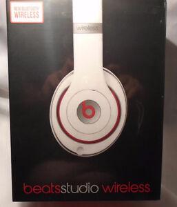 Beats Studio Wireless  White Studio Low Price of