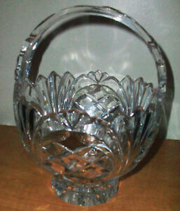 Fine Crystal basket and crystal vase made in Germany Cambridge Kitchener Area image 1
