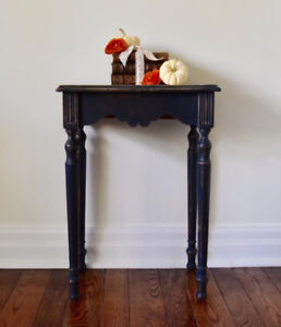Antique shabby chic night stand/side table