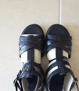 Brand new Timberland leather sandals