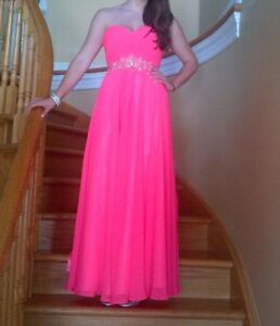 Prom Gown by Clarisse