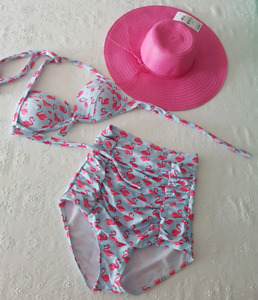 New flamingo bathing suit & pink hat - size S
