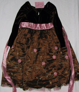 Girls Size 4 & 4T Clothes (Tops, Pants, Coats, Dresses etc.) London Ontario image 9