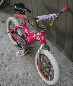 "Girls Barbie Pink Bicycle Bike 14"" Wheels Stratford Kitchener Area image 2"